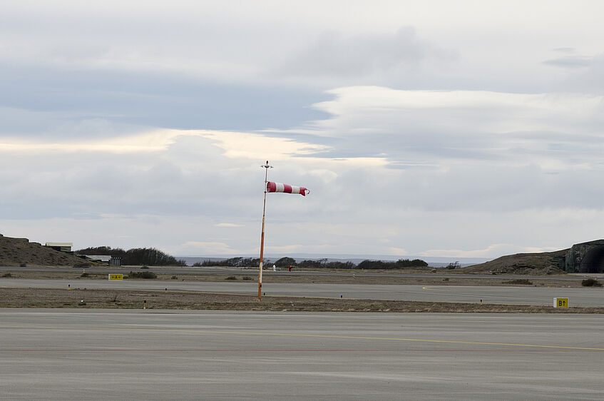 Very high wind speeds at the maintenance day in Punta Arenas.